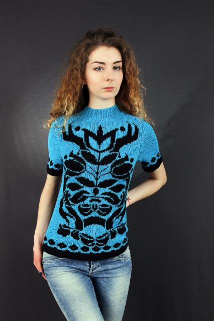 Пуловер голубой, описание, вязание на заказ