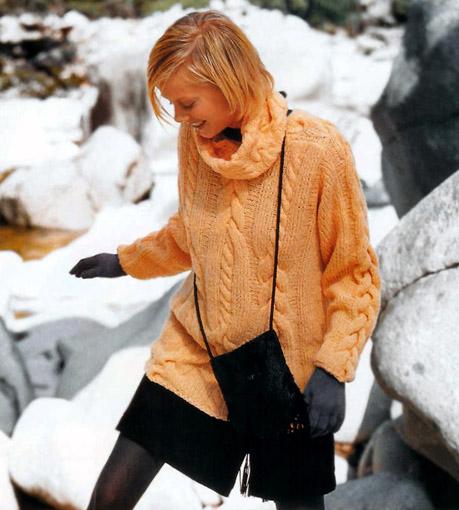 Пуловер с аранами и большим воротником, Пулове, пуловер женский, свитер, свитер женский, пкловер с аранами, свитер с аранами, пуловер с косами, свитер с косами, вязание для женщин, вязание спицами, вяжите с нами