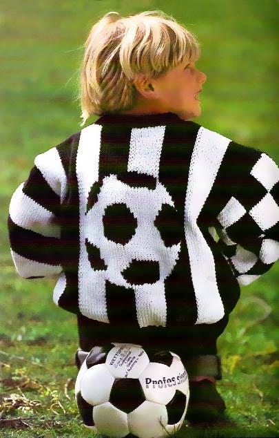 """детский пуловер """"Футболист"""", детский пуловер с мячом, детский свитер, вязание спицами, вязание детям, вяжите с нами, Sandra-экстра-выпуск-для-детей"""