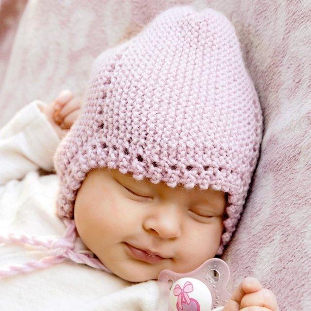 шапочка детская, вязание детям, для самых маленьких, вязание спицами, вяжем вместе, вяжите с нами, модели вязаной одежды для детей, платочная вязка