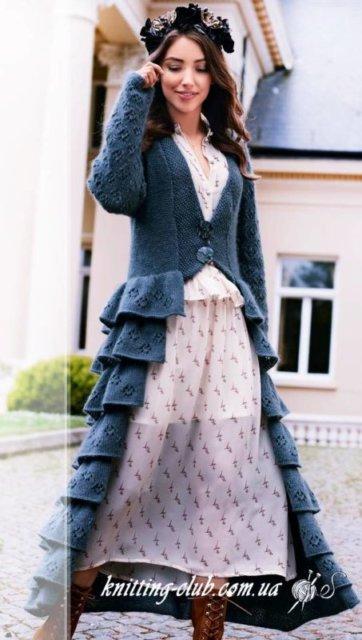 Пальто серое с ажурными рюшами, пальто ажурное серое из шерсти, женское пальто серое с ажурными рюшами, пальто ажурное, пальто женское, вязание спицами, пальто с рюшами, как связать пальто, вязание на заказ, вязание для женщин, вязаные модели для женщин, модели вязаной одежды
