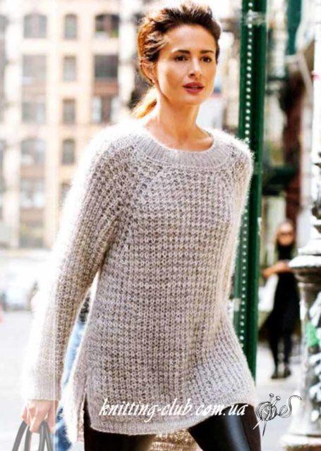Пуловер свободного покроя с разрезами, Vogue Knitting, вязаный женский пуловер, вязаный серый пуловер, серый, вязание для женщин, модели вязаной одежды для женщин, вязание на заказ, описания и схемы вязаной одежды, пуловер с рукавами реглан, полупатентная резинка, как связать пуловер полупатентной резинкой, как связать пуловер с рукавом реглан, пуловер из Vogue Knitting