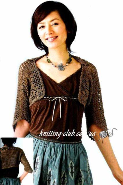 Болеро из квадратных мотивов, вязание крючком, вязание на заказ, как связать жакет, модели вязаной одежды для женщин, коричневый, азиатские модели со схемами, болеро, квадратные мотивы крючком