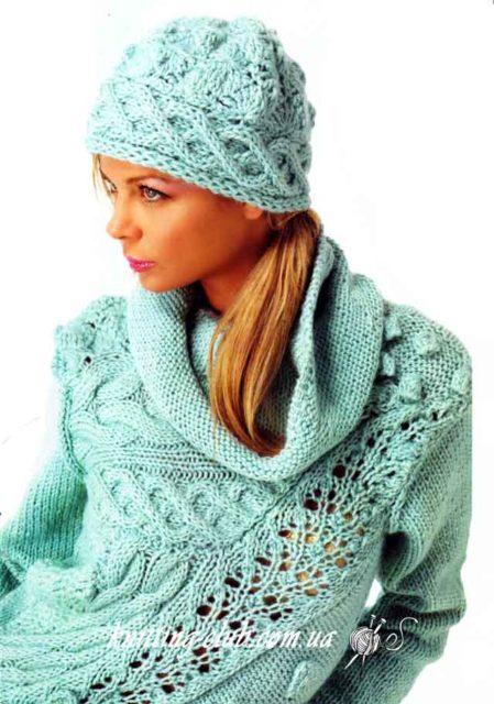 Свитер голубой с косой и ажурной полосой, свитер с косой, голубой, шапка голубая с косой, свитер и шапка, вязание на заказ, модели вязаной одежды для женщин, свитер из толстой пряжи, описания и схемы вязаной одежды